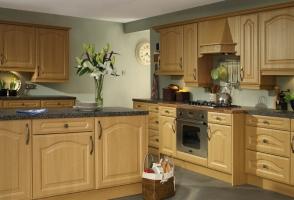 Manhattan montana oak kitchen